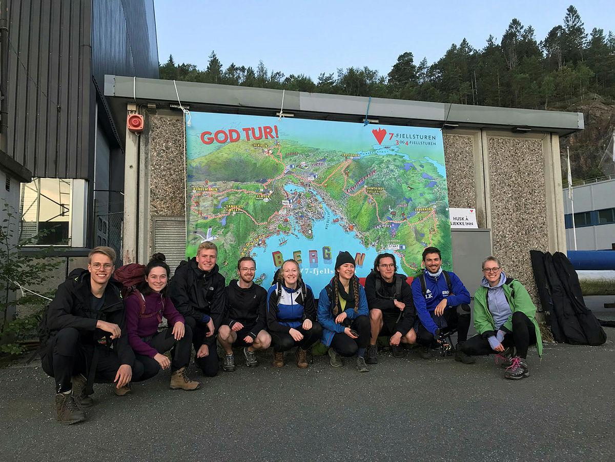 En gjeng tyske studenter ved start i Gravdal