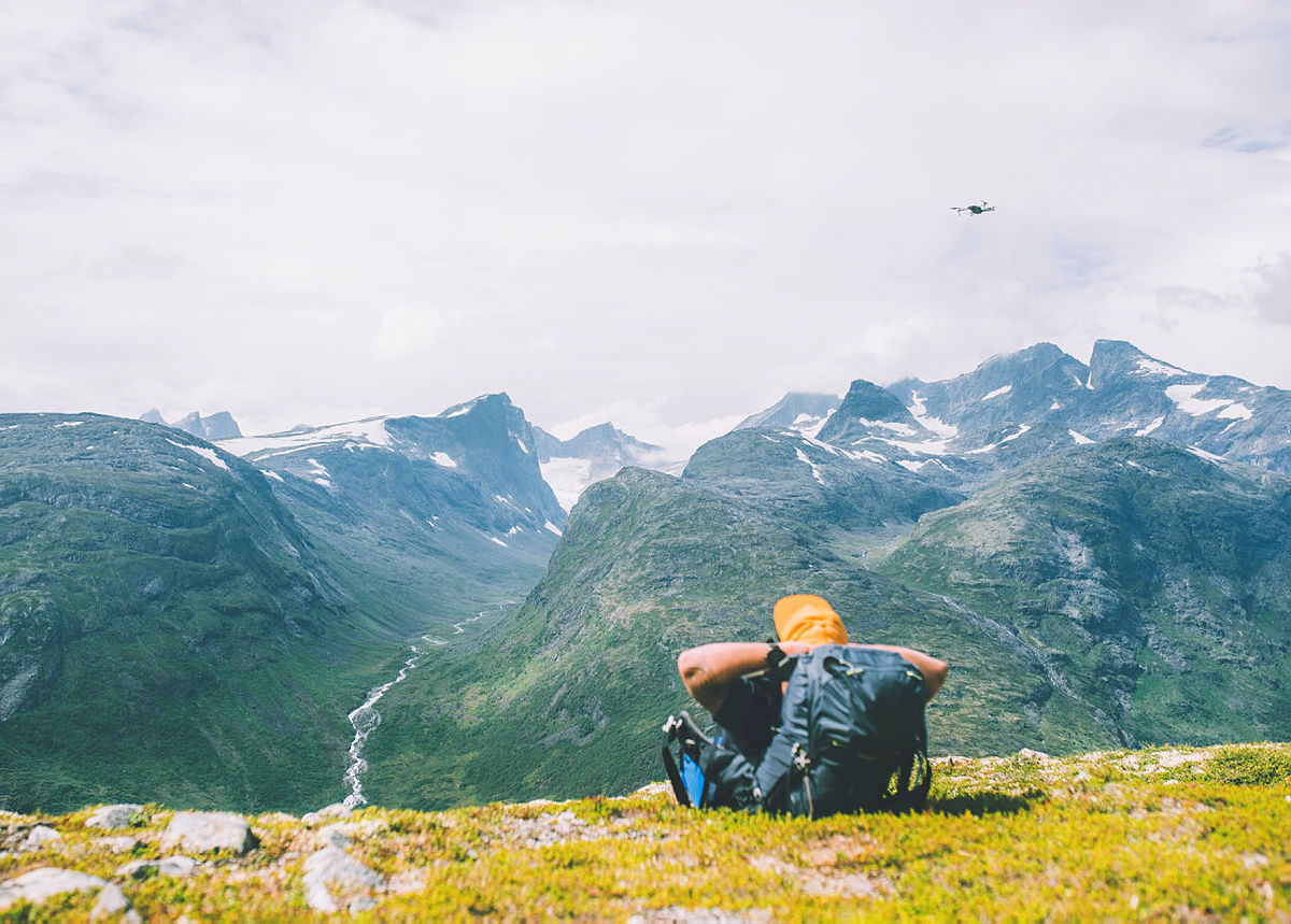 Andre uken av minutt for minutt gikk fem dager gjennom Jotunheimen. Bildet er fra turen fra Skogadalsbøen og ned mot Fleskedalen.