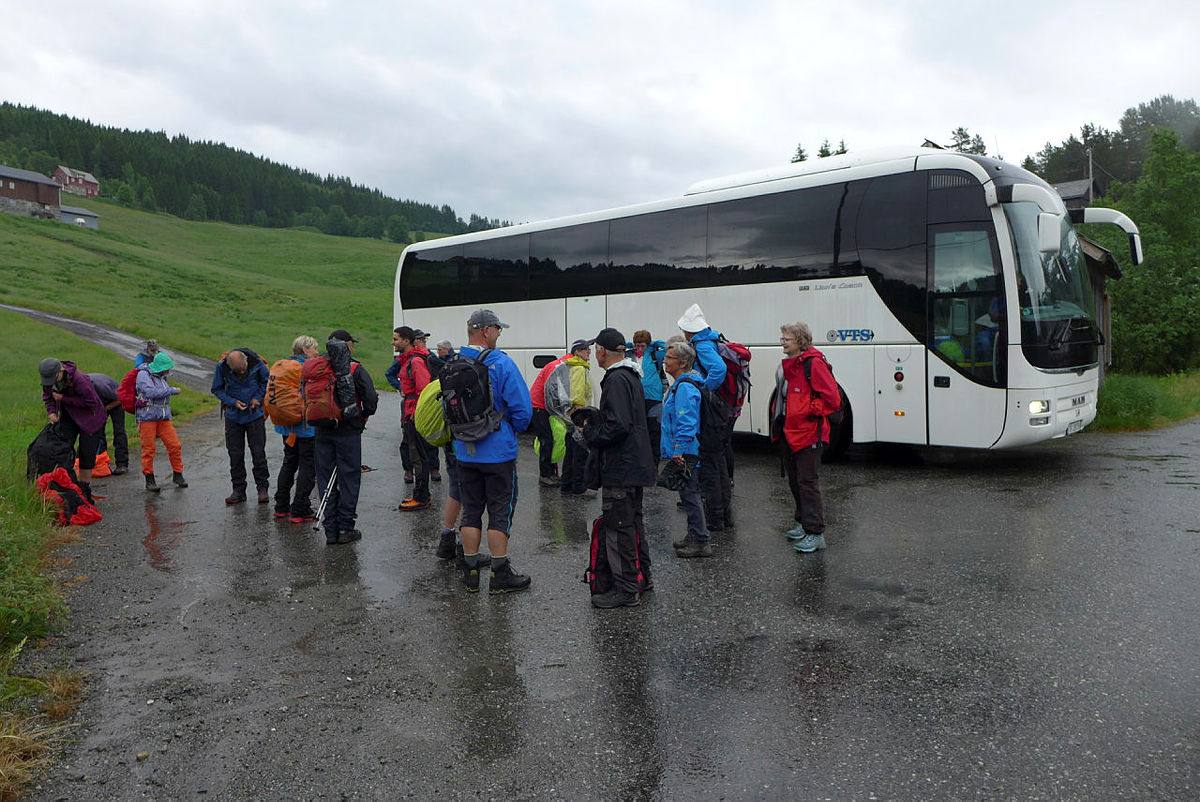 Avlyser turar med felles transport