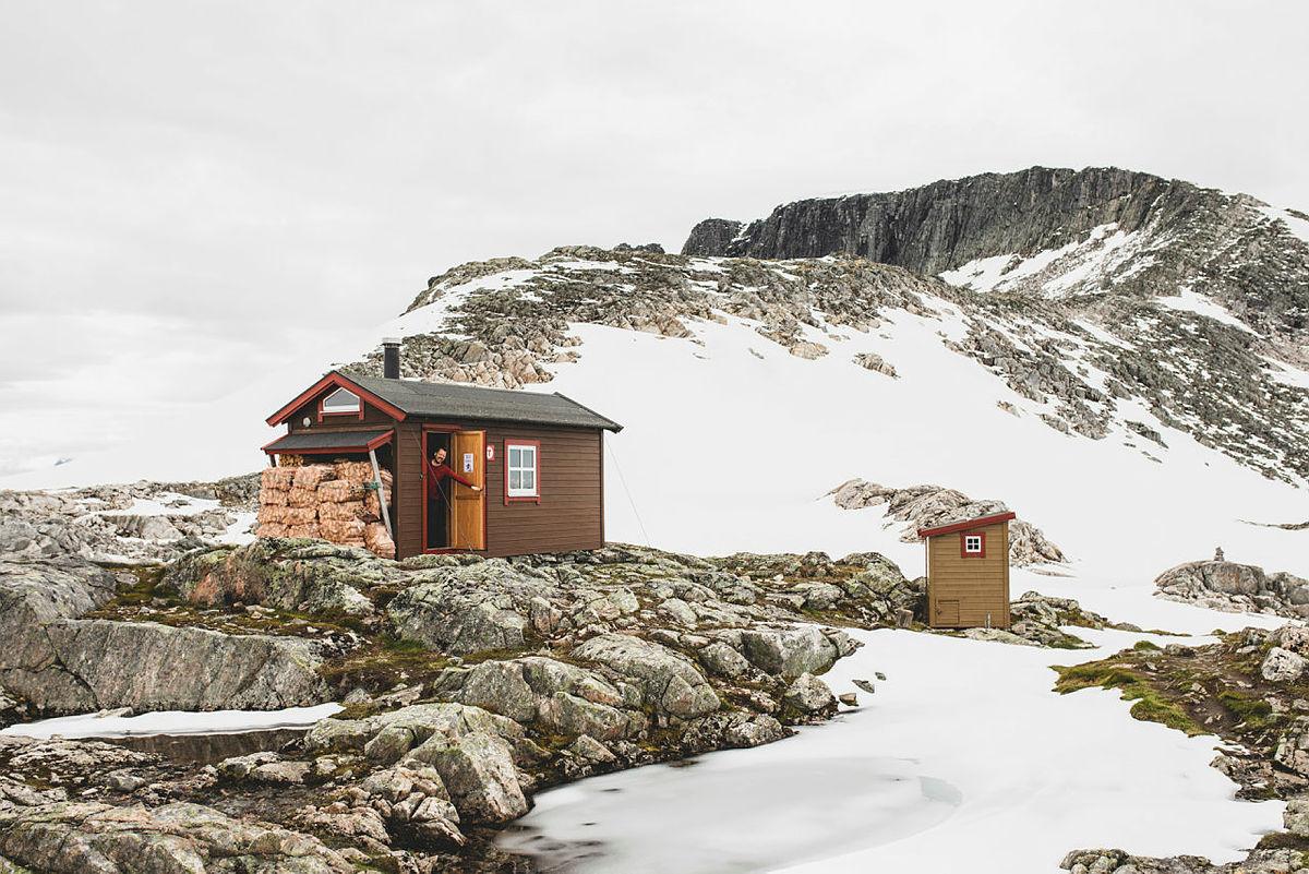 Vasstindbu, Romsdalen