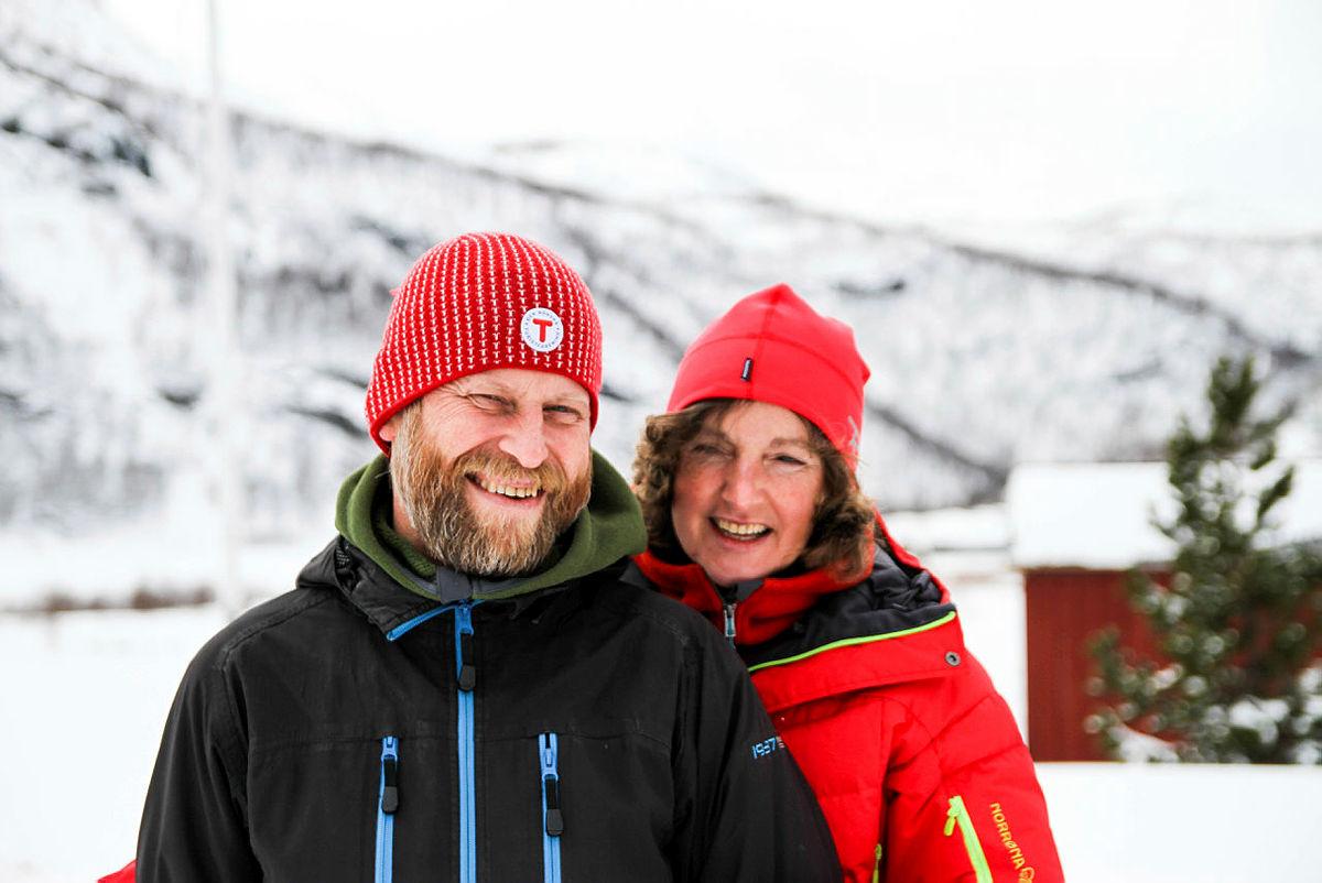 Bestyrerne på Aurlandsdalen Turisthytte Østerbø Olav Slettebakken og Astrid Heggdal.