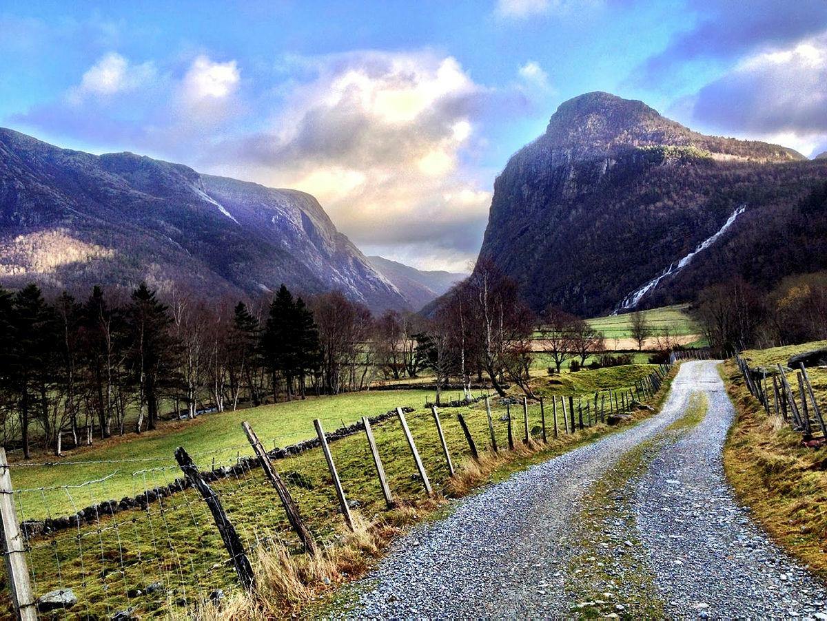Kjærlighetstien fra Øvre Espedal til Frafjord