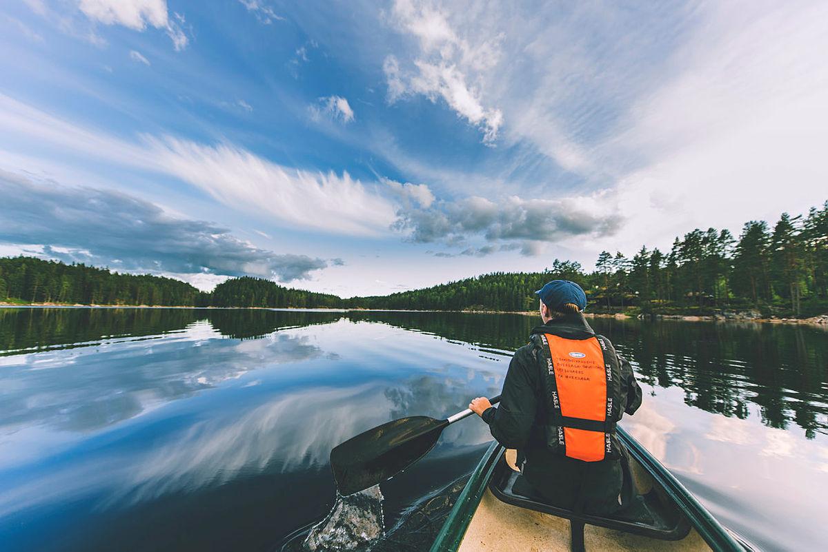Unge Naturtalenter får grunnkurs i kano