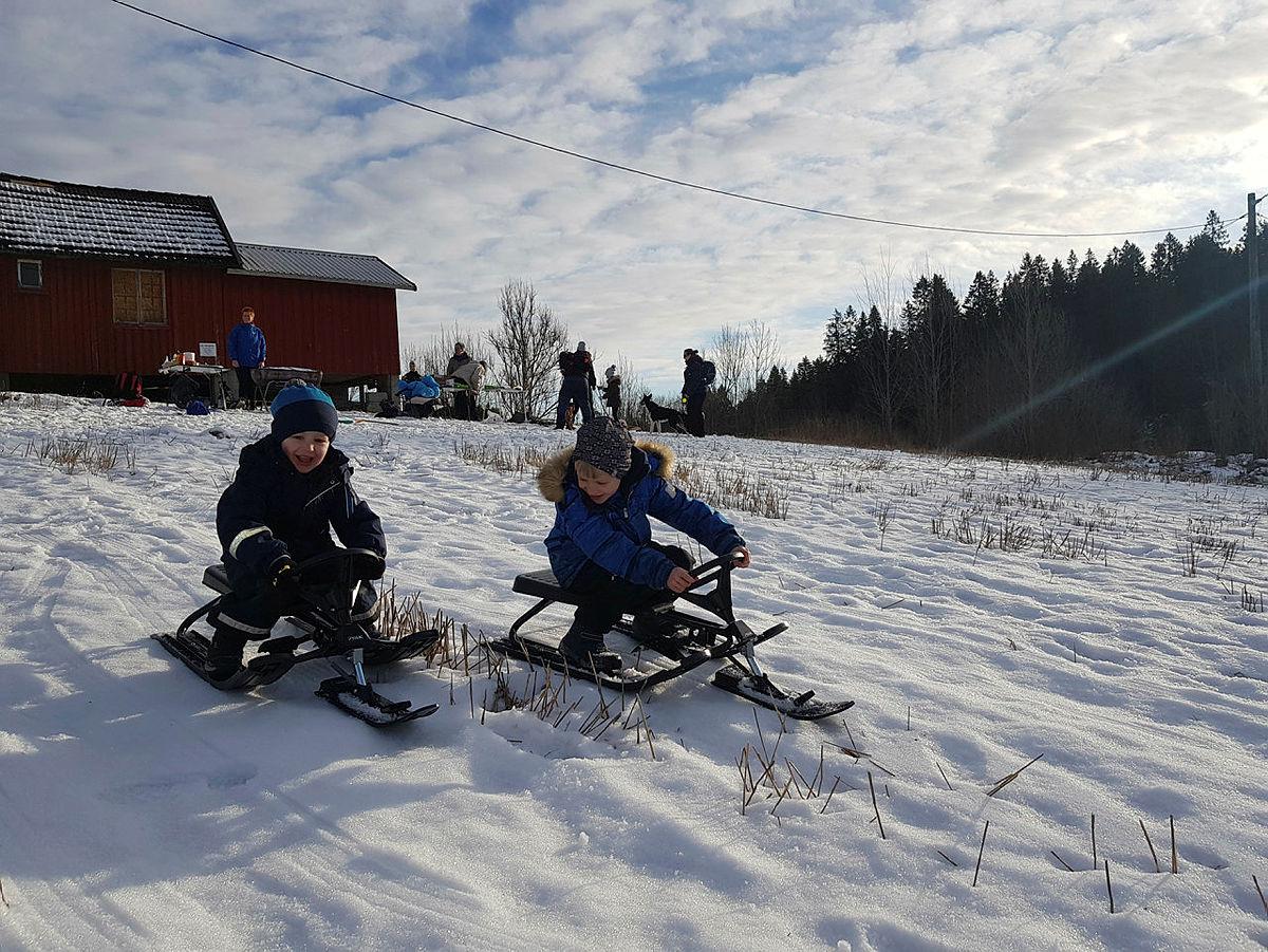Sander og Jonas Ulfsby i full fart.