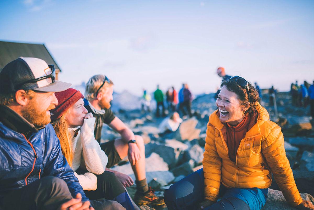 Flere fikk også oppleve solnedgangen fra DNTs høystliggende hytte.