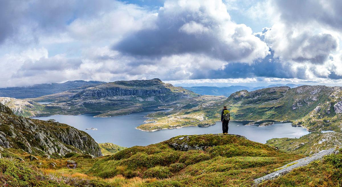 Utsikt mot Botnavatnet, Ottanosa, Engelifjell