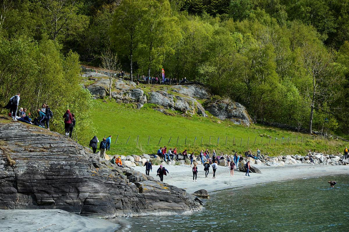 Kvitevika på Finnøy.