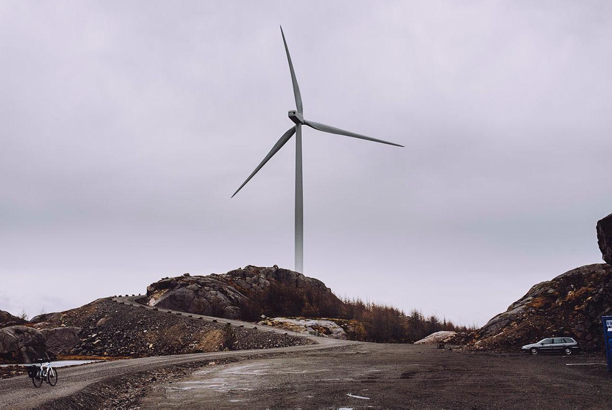 Vindkraftanlegg innebærer enorme inngrep i naturen. Her fra Egersund Vindkraftverk