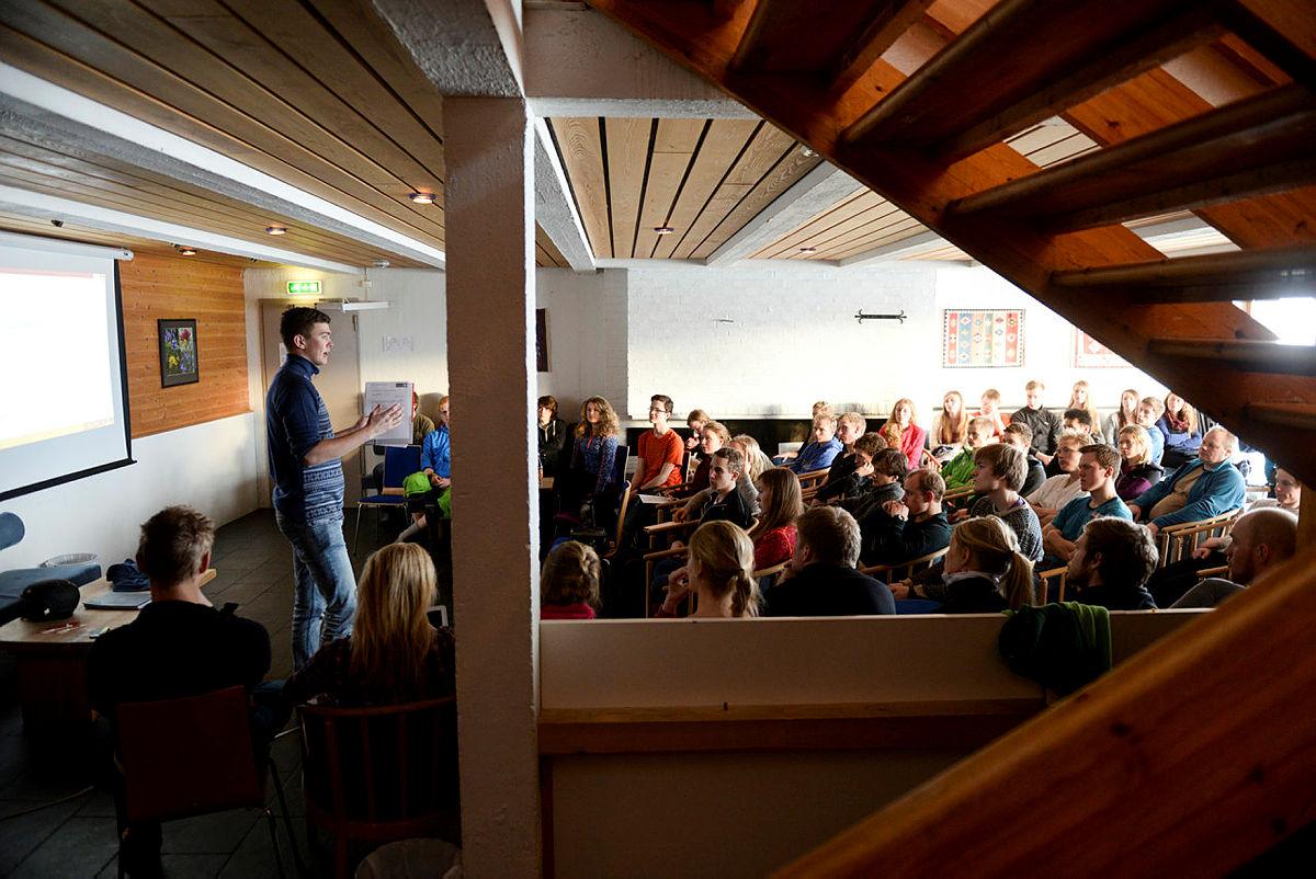 Foredrag under DNT ung sitt landsmøte i 2014.