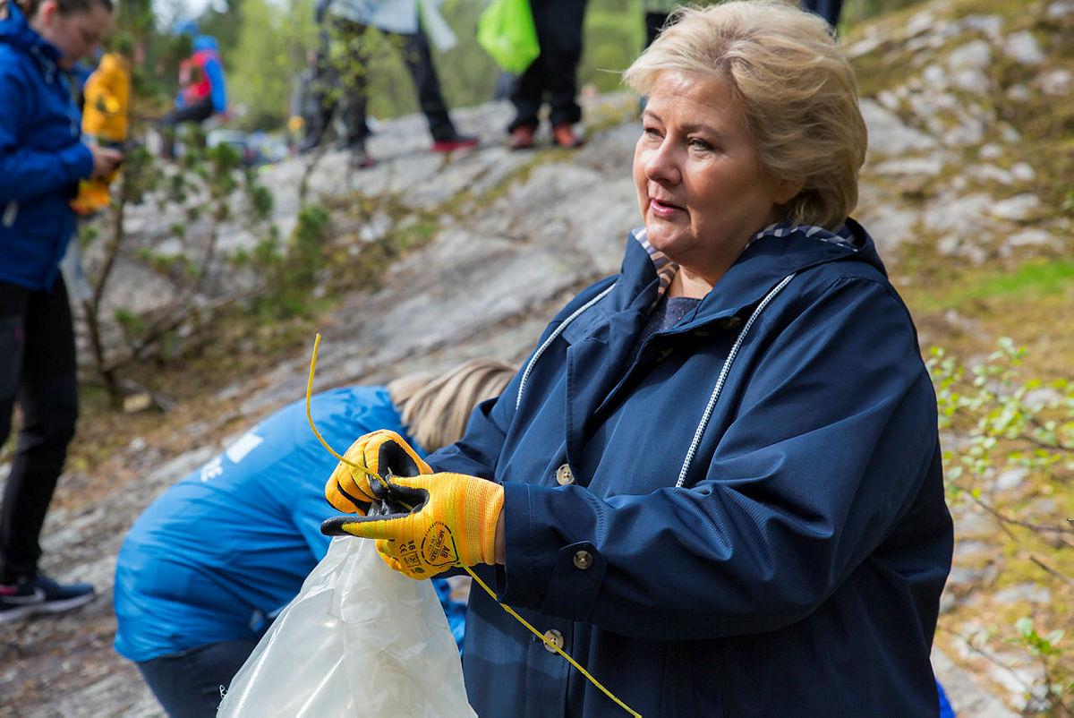 Strandryddedagen 4. mai 2019 i Kollevåg på Askøy med Erna Solberg.