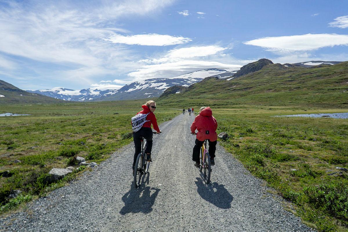 Turtips fjell: På betjent hytte med sykkel