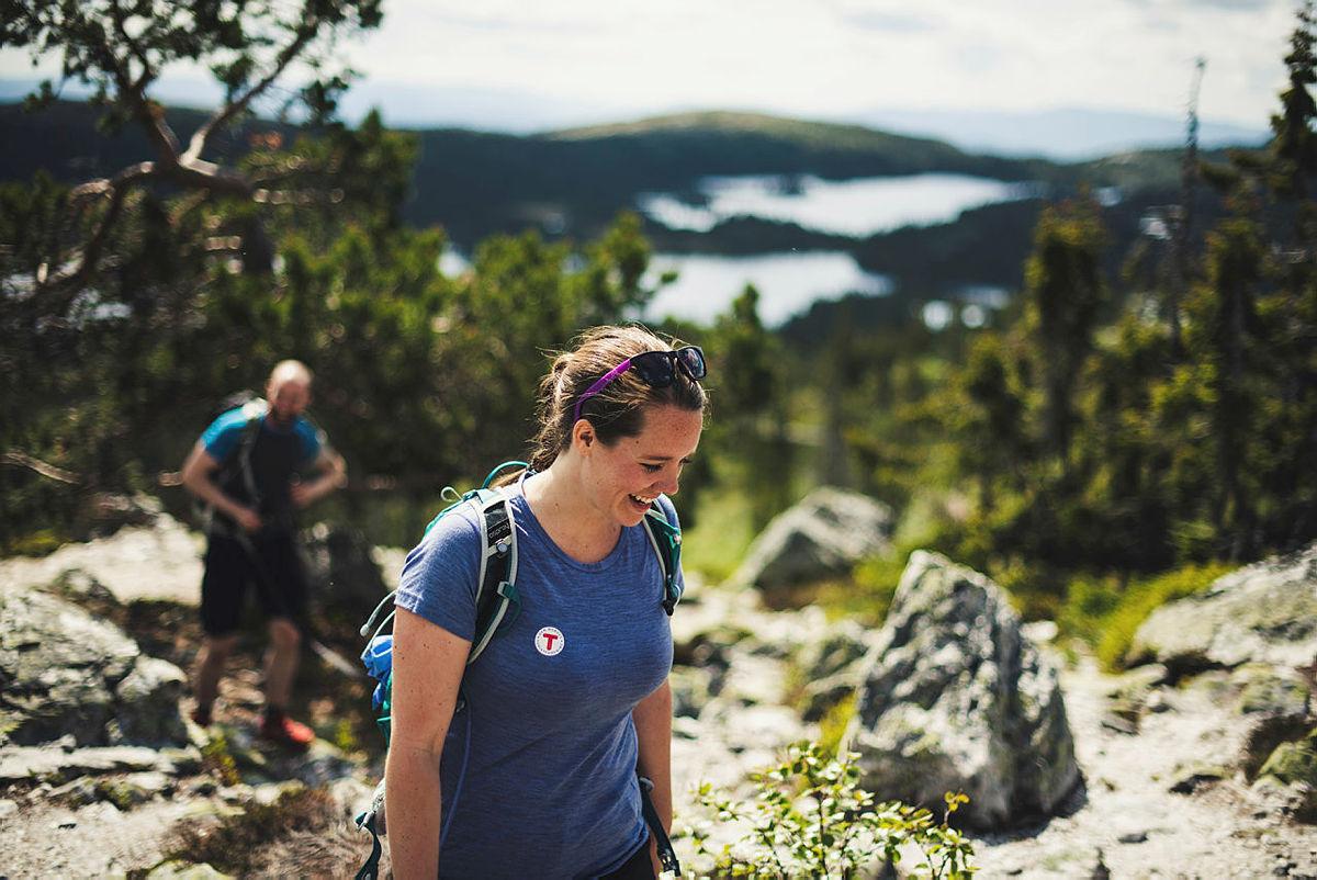 Kristine Dalevoll leder DNT ung Notodden tur til Bletoppen.