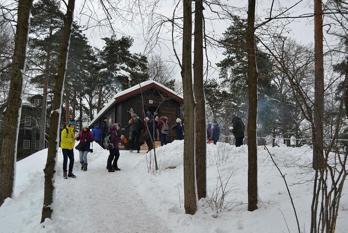 Hovinkoia er åpen for publikum under helgens julemarked på Norsk Folkemuseum.