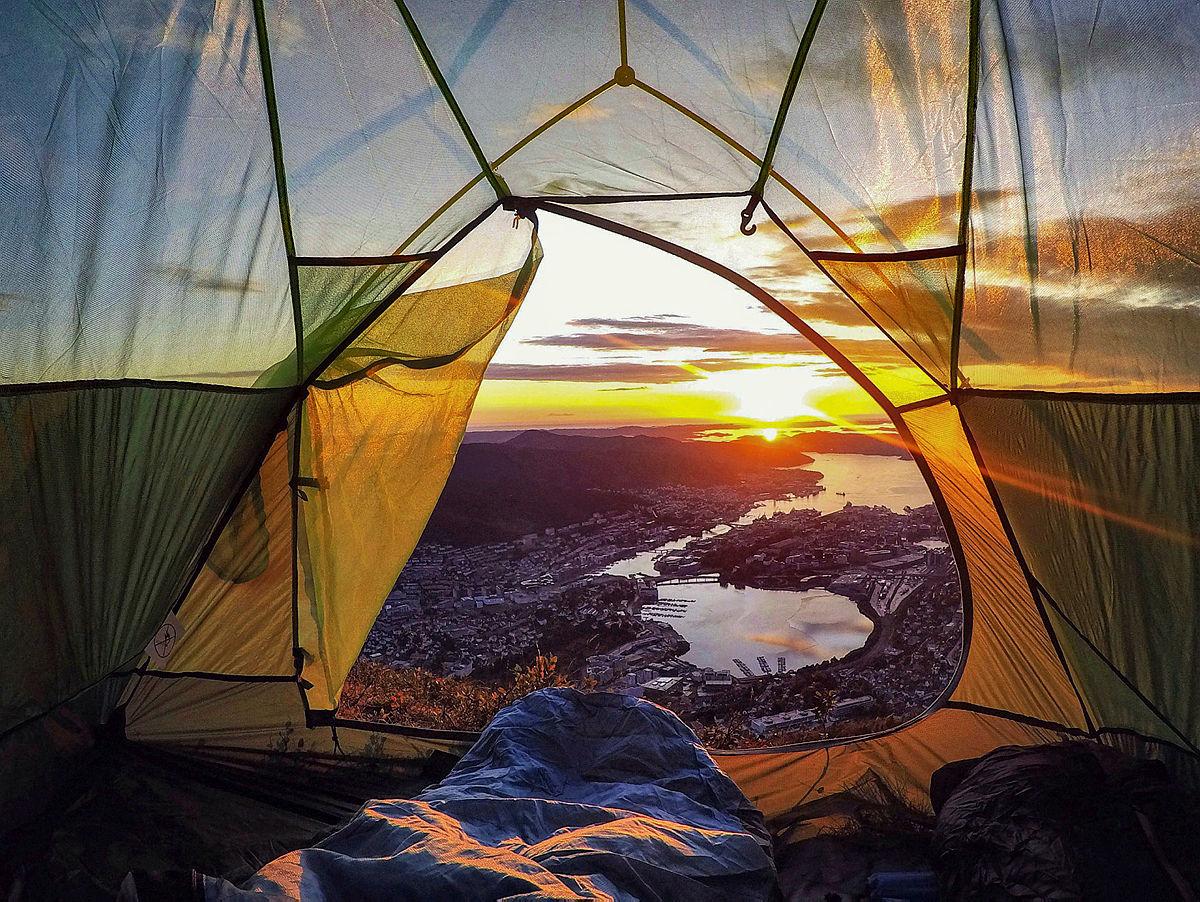 Slik overnatter du i telt