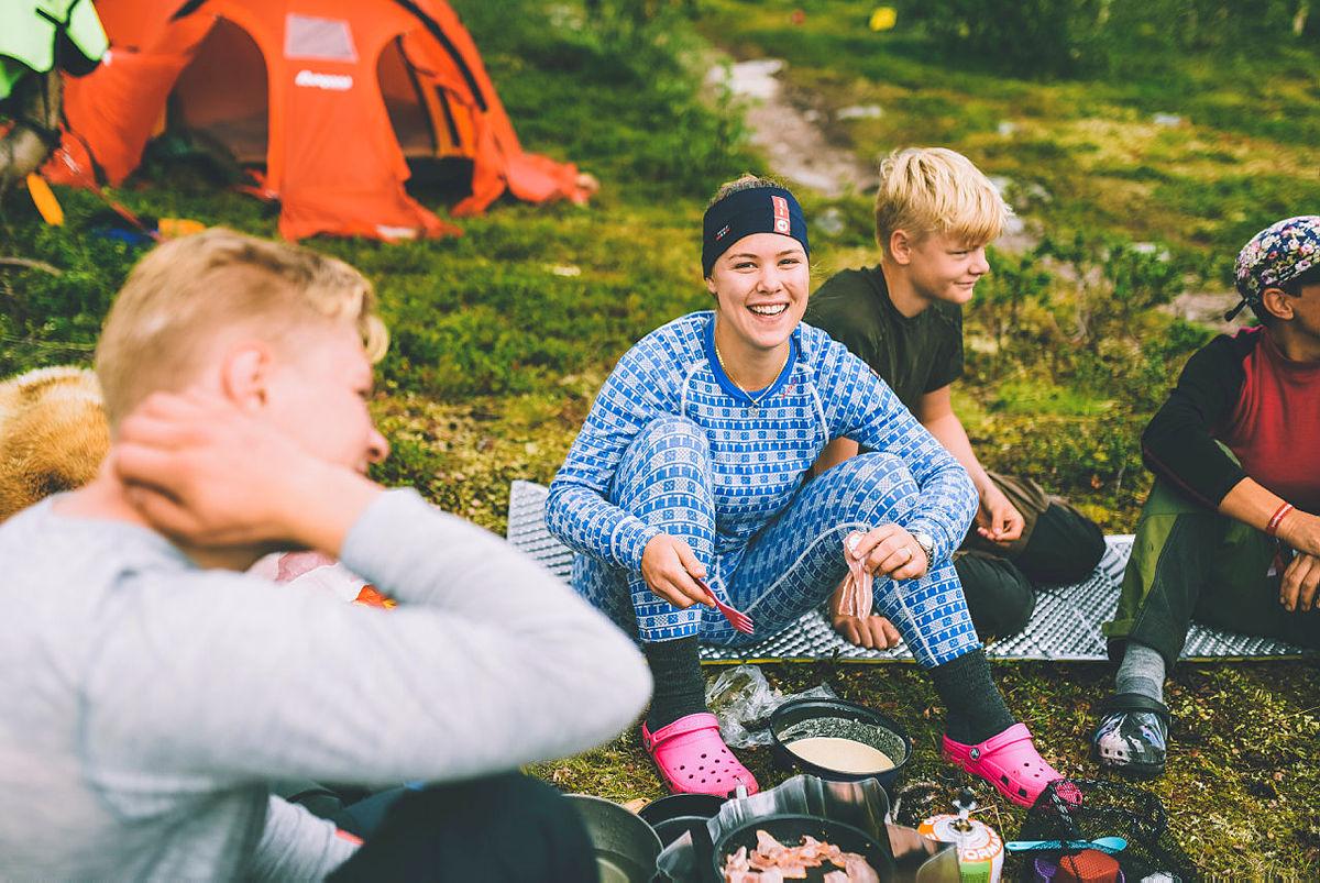 Siste uken av NRKs sommersending i 2018 gikk gjennom Indre Troms og bildet er tatt like ved grensen mot Sverige og Finland.