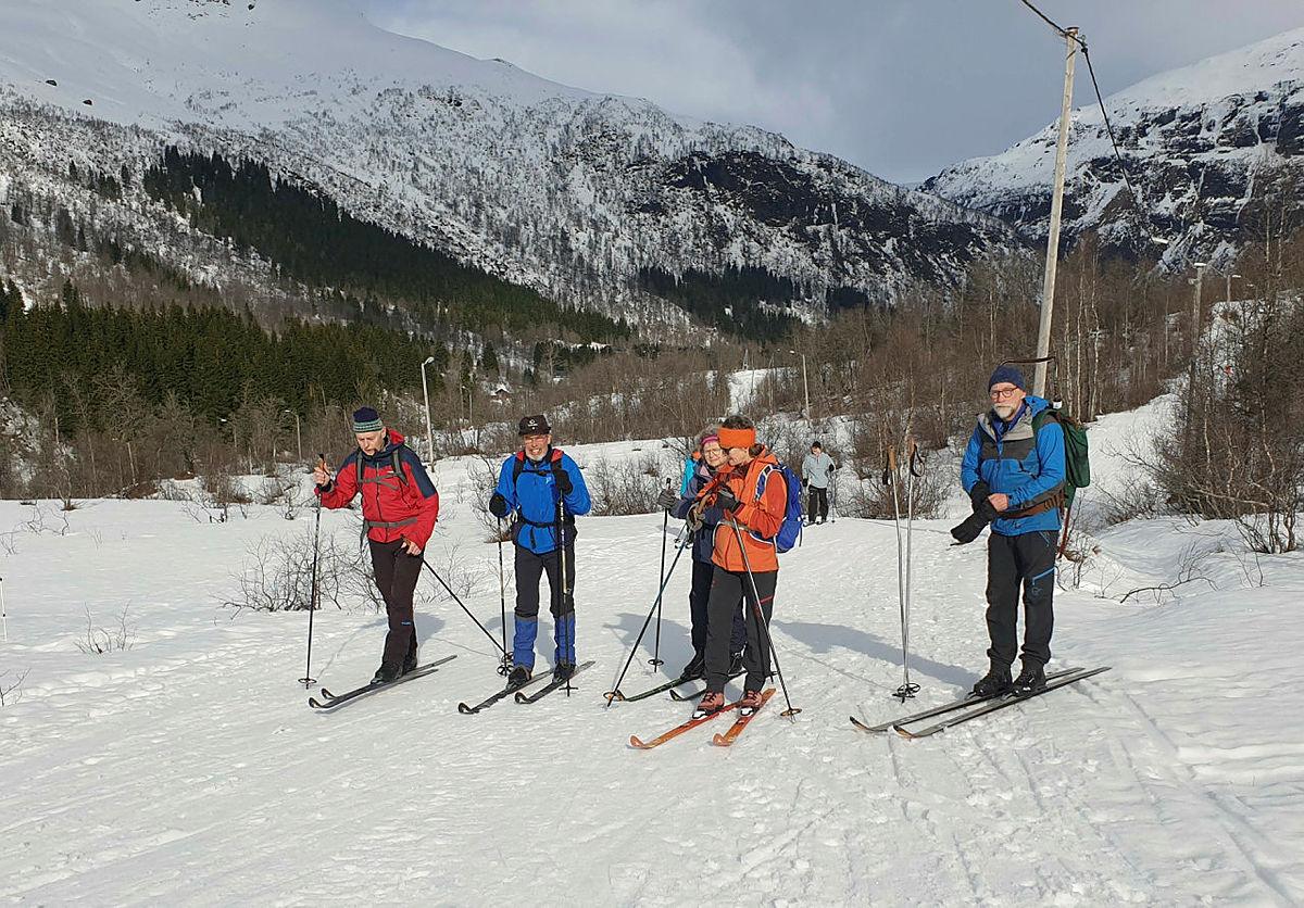 Skitur til Årmotslia i vårvêr