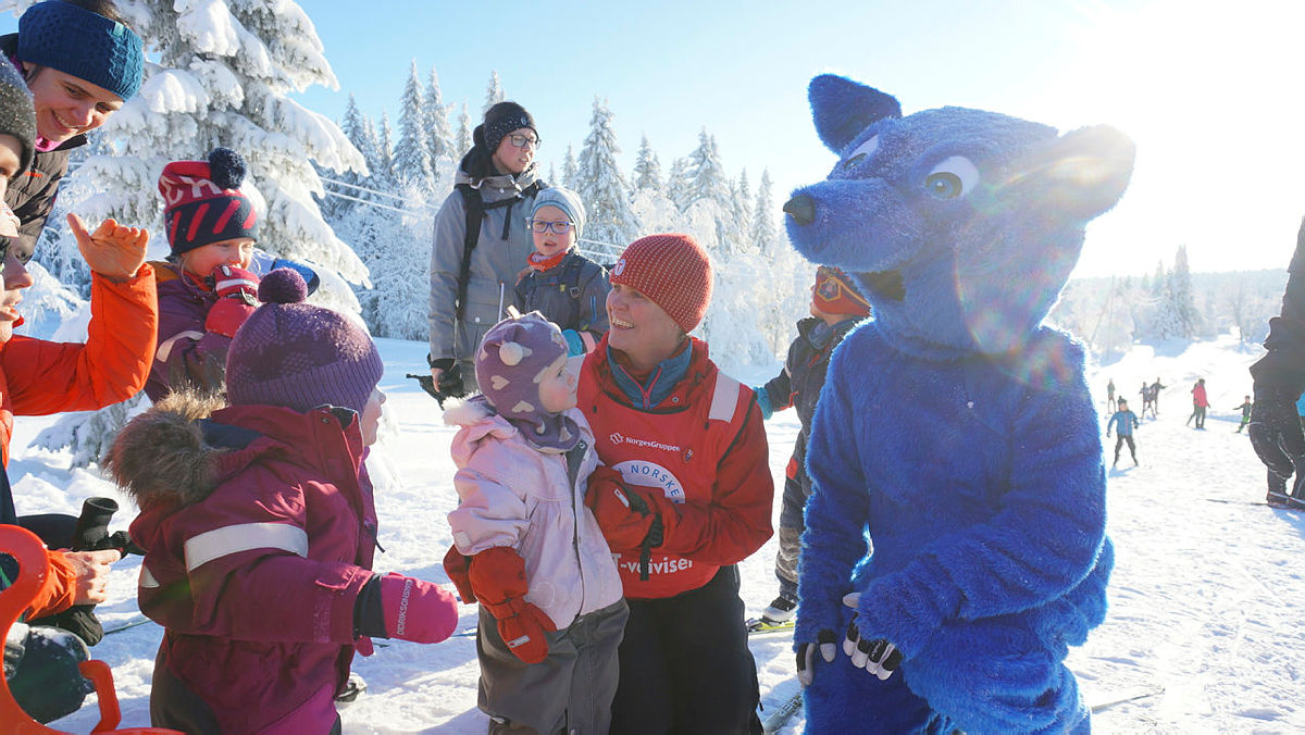 Turbo var selvfølgelig med på Hamar og Hedemarken Turistforenings utebursdag.