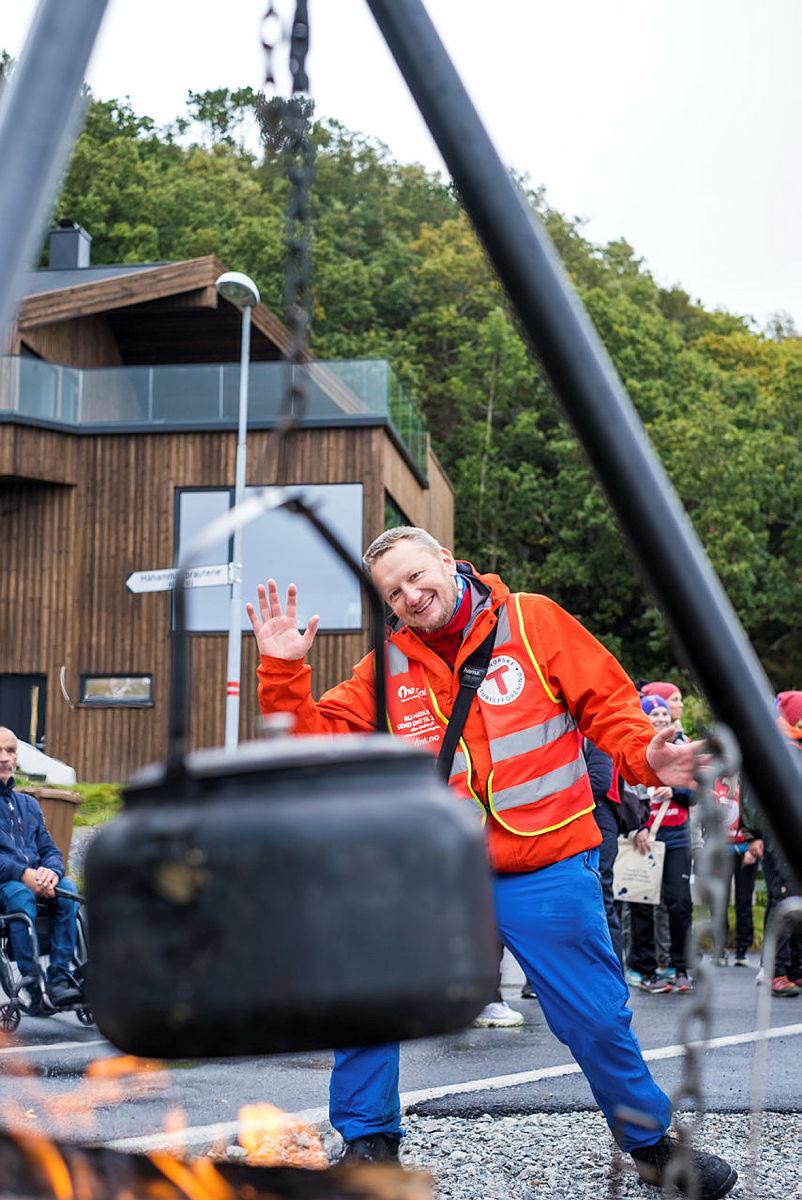 Morten Abrahamsen, alltid med et godt smil på lur, tildeles Dugnadsprisen 2021 for sin uvurderlige innsats for fellesskapet.
