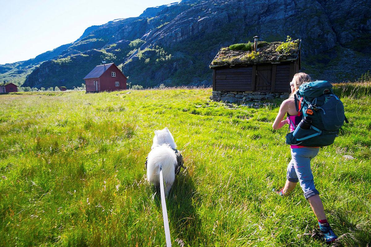 FAVORITT 1: Kvanndalen turisthytte er Tildes absolutte favoritt. Hun liker sjarmen med den og forteller at hun fikk en eventyrlig opplevelse første gang hun var der.
