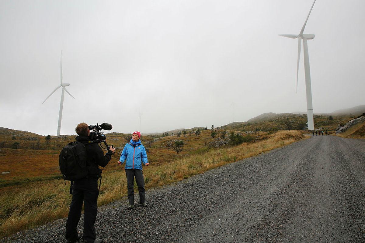 Det er viktig at folk får opp øynene for de negative sidene med vindkraftanlegg. Dette er ikke grønn energi i rett forstand.