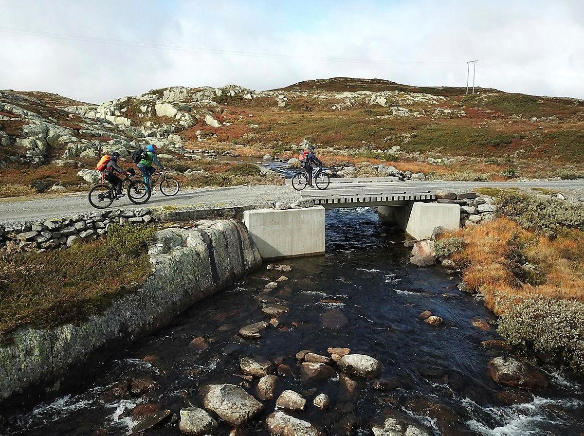 Fra sykkeletappen mellom Kalhovd og Krossobanen.