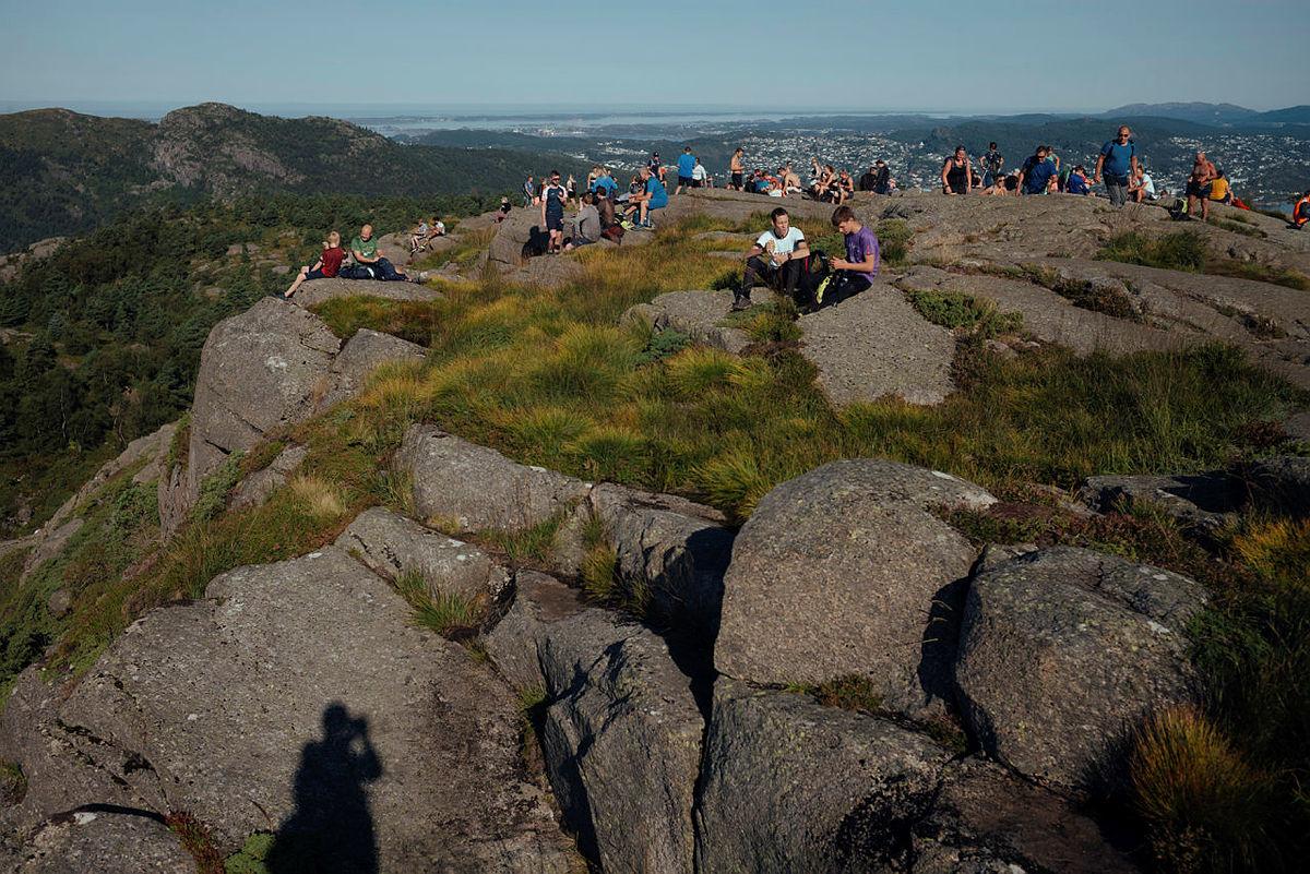 På toppen av Damsgårdsfjellet