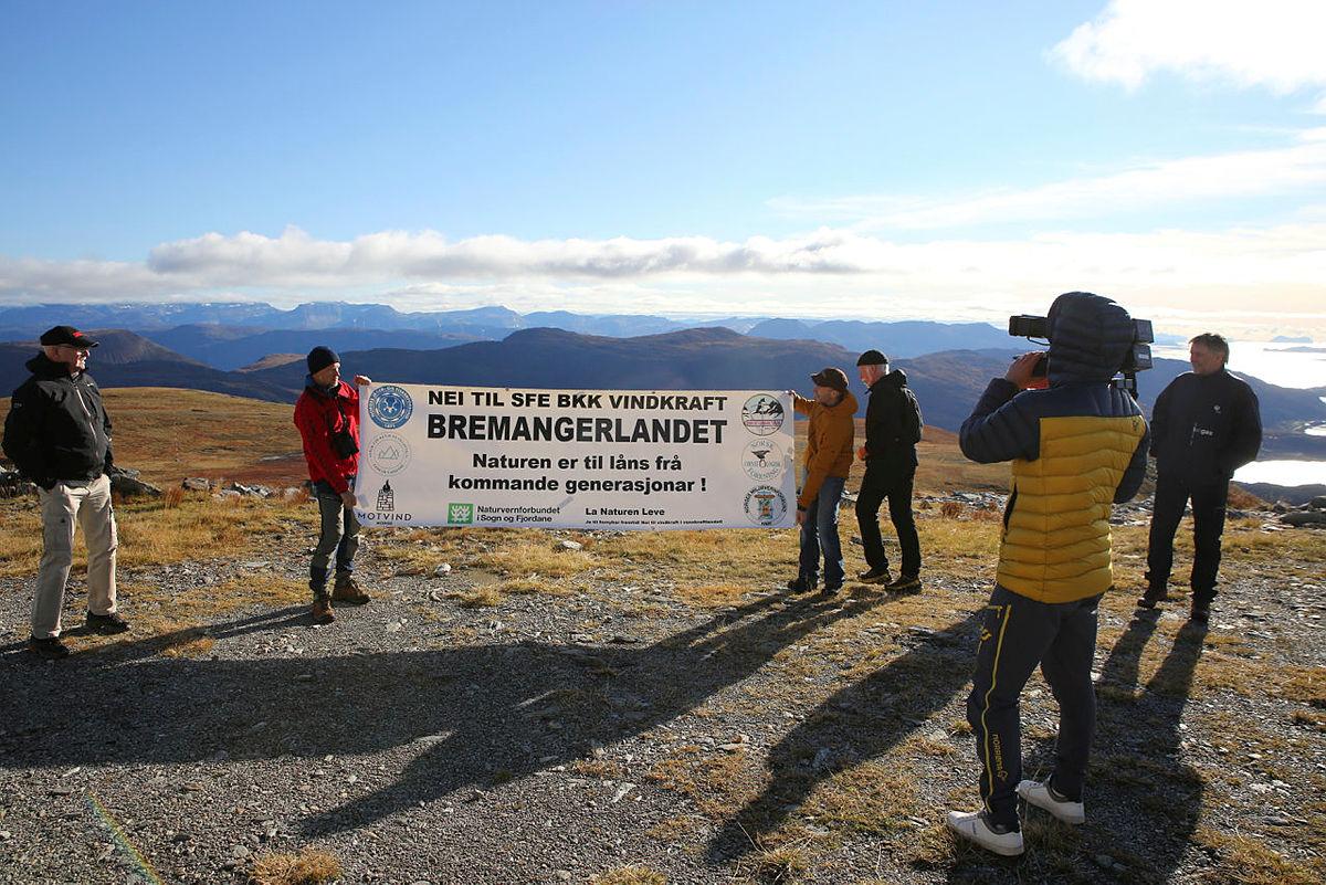 Grunneiere og lokalpolitikere sier nei til vindkraftanlegg på Bremangerlandet