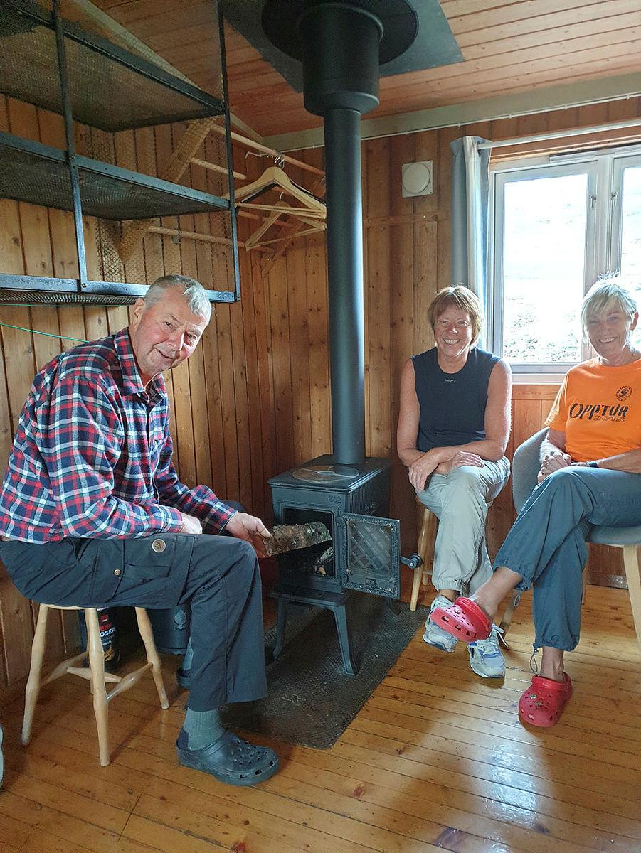 Grindaflethytta, ny pipe og ovn, august 2021