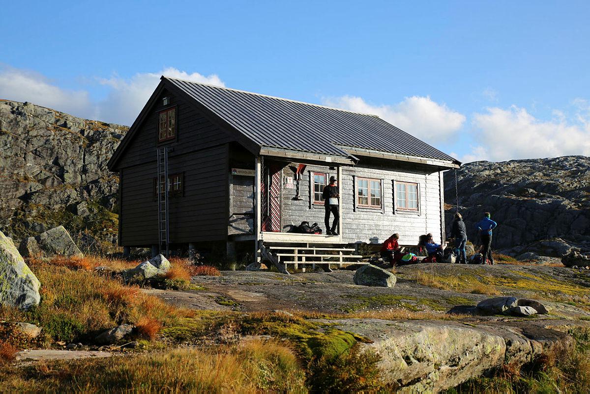 Vardadalsbu i Stølsheimen, en av hyttene som ligger i nærheten av det planlagte vindkraftanlegget.