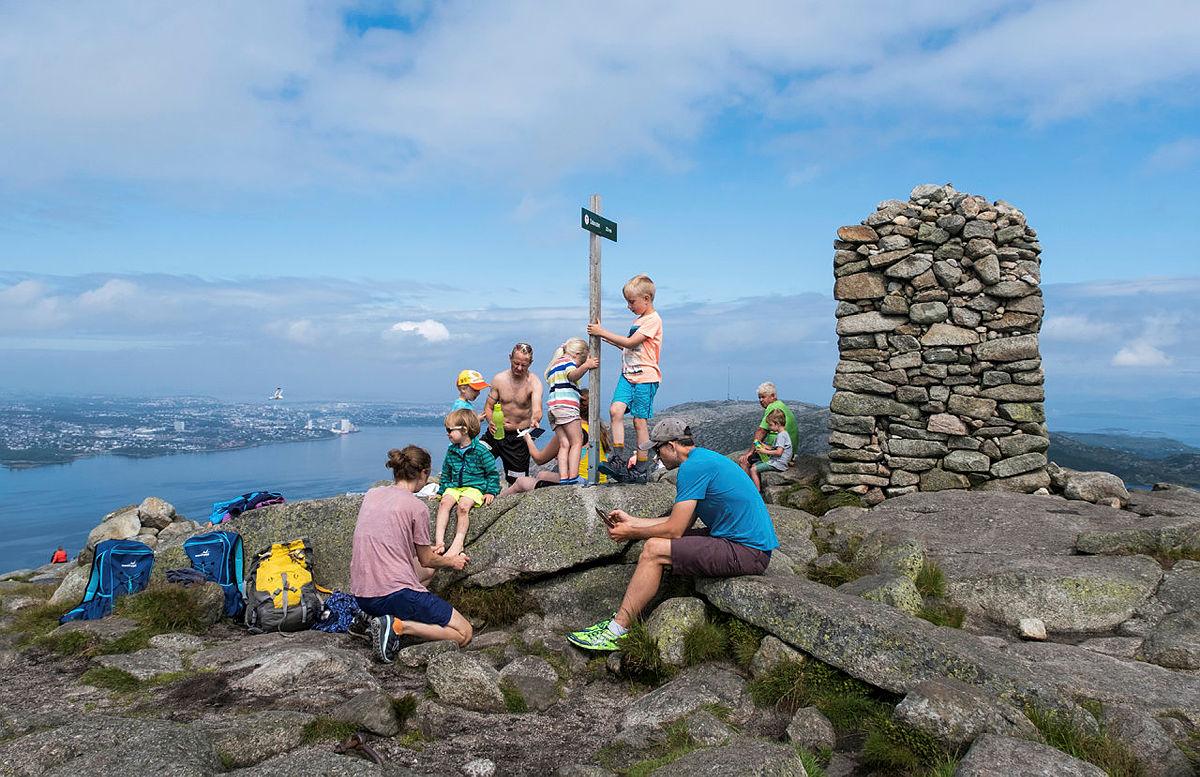 Dalsnuten er den mest populære turen for barnefamilier fra Gramstad.