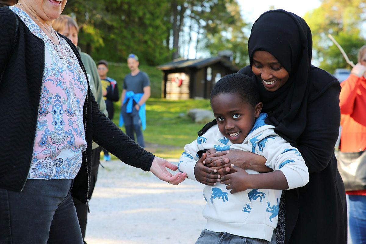 Både barn og voksne er med i Friluftsliv tilrettelagt for utviklingshemmede (FTU).