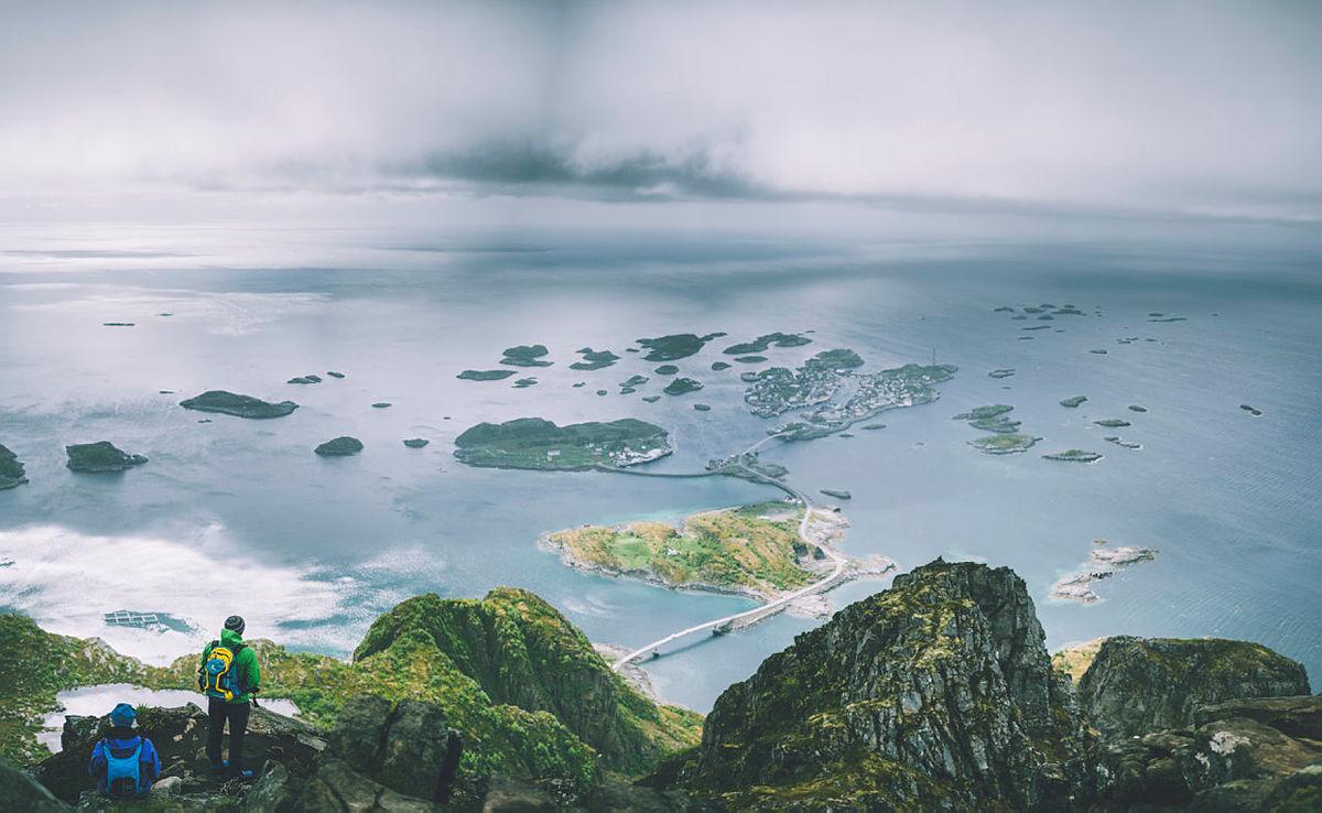 Bilder tatt på vei opp til Festvågtind i Lofoten.