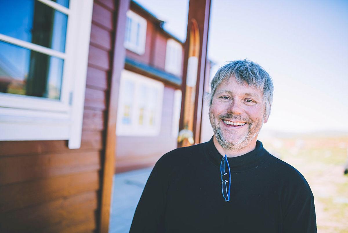 Fornøyd vertskap ved Rauhelleren på Hardangervidda, Hans Olav Lægreid
