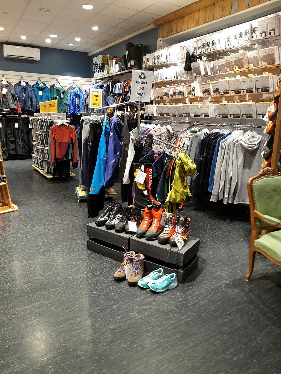 Bruktstativet i Turbutikken i Drammen