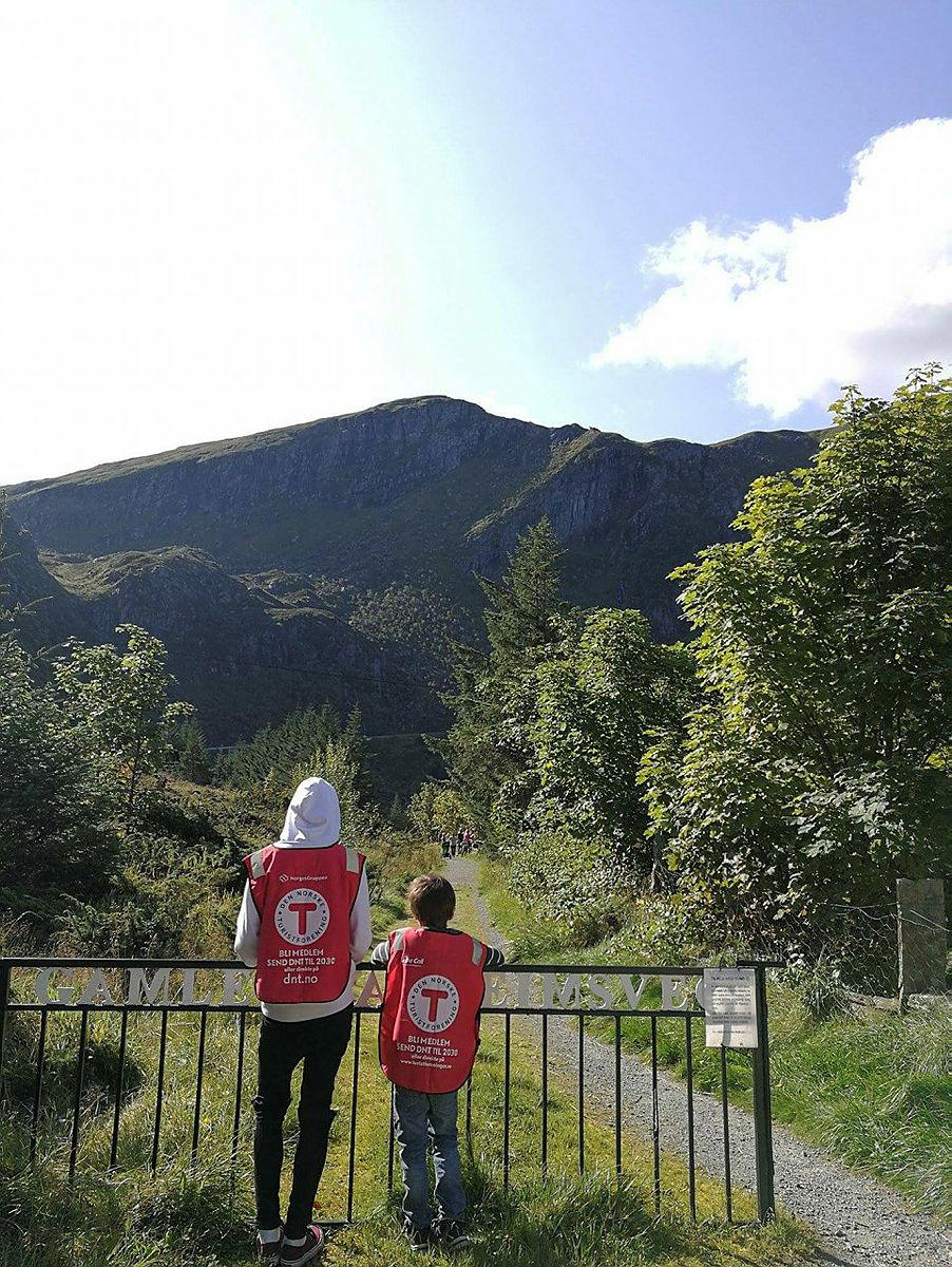 Barnas Turlag gikk til Aktivitetsdagen på Kvalheim