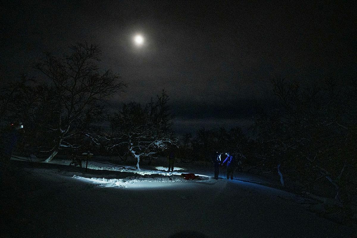 Fullmånen viste vei hjem.