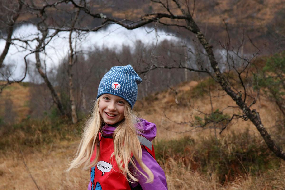 Det er for kommende generasjoner vi tar kampen mot vindkraftindustrien. Det var flere barn og unge under støttemarsjen for Stølsheimen i november i fjor. Det blir ny støttemarsj 12. mai.