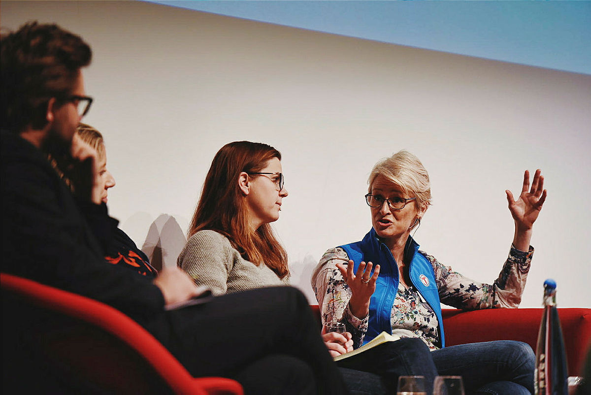 Helene Ødven (DNT) i debatt med Stefan Heggelund (H), Nina Jensen (WWF) og Solveig Schytz (V).