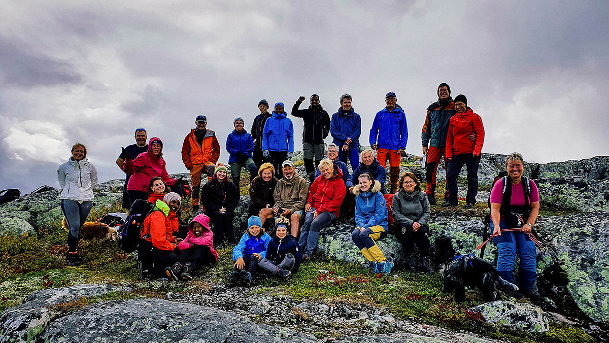 Hele 27 deltakere tok turen til Lekkjenuten